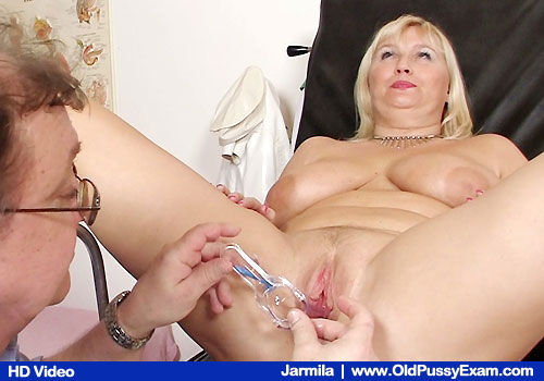 Well-endowed Blond Gets Cunt Examined on Gynecologist office Chair with M.D.
